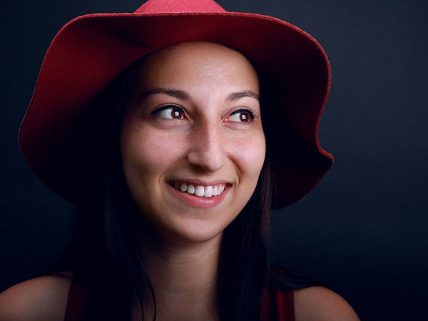 Portrait of a woman journalist with red hat. PortraitPhotography Woman Beautyretouching Blackbackground Fashionstyle Frenchphotographer Front View Happiness Headshot Headshotphotography Human Face Lifestyles Looking At Camera One Person Portrait Portraitphotographer Portraiture Real People Redhat Shooting Skinretouching Smiling Studio Shot Young Adult Young Women