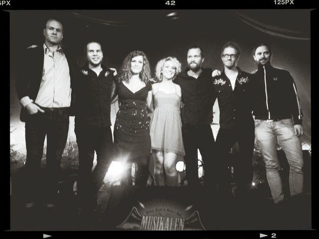 Im with the band ;-) Camaron Ochs Kajskjulet Stage