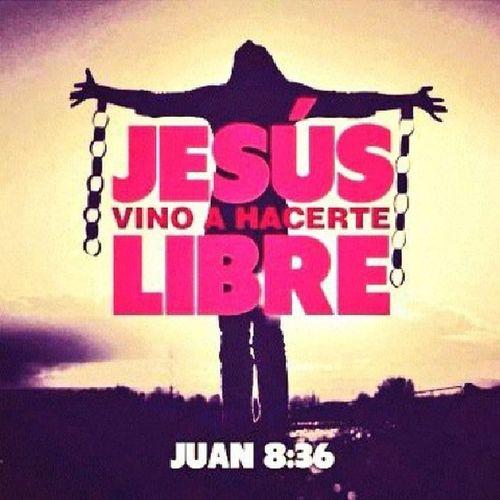 Cuando el pecado te ata, el.mundo te encadena y la carne te aprisiona, Dios te liberta por medio de la sangre de Jesús. TanSoloCree