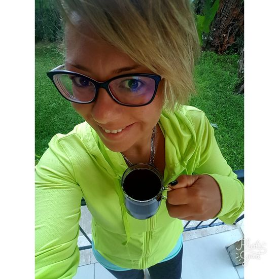 Morning Coffee... Uglygirl  One Young Woman Only Mirrorreflection Today's Hot Look Runbabyrun Young Women OpenEdit FitnessTraining Smile ✌ Turkey ThatsMe EyeEm Gallery People EyeEm Fitmom Strength Adults Only Sports Clothing Healthy Lifestyle Sport Helloworld Style ✌ Happytimes Exercising Nikerunning