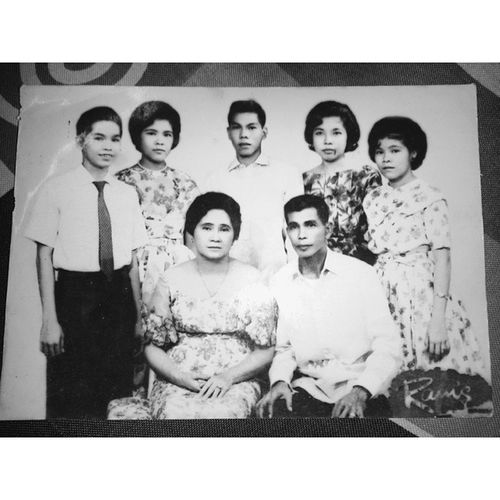 Torres Family. The tanders. Lol :) SuperThrowback FamilyPicture