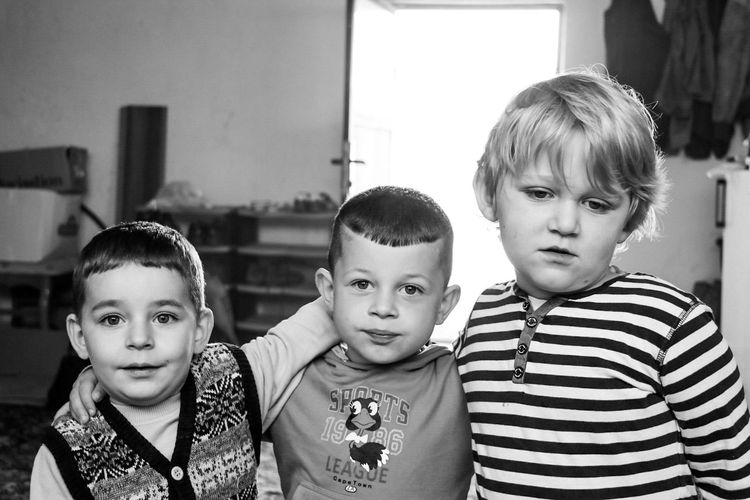 Black And White Friday Boys Child Looking At Camera Portrait Togetherness Indoors  Children Only Home Interior Lifestyles Day Macédoine - Llojane