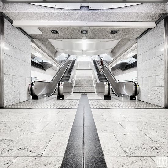 City symmetry artist:DAX PHOTOGRAPHOHOLIC I born to capture | Built Structure Architecture EyeEm Best Shots - Architecture Architecture_collection EyeEm Gallery ArtistDAX Real People Architecture People One Person Germany 🇩🇪 Deutschland Low Angle View Undergroundstation Dortmund Symmetry Metro Station Bahnhof Westentor