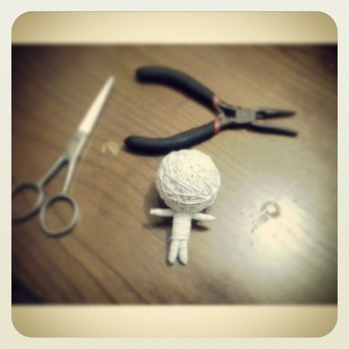Peralatan @KaMuLucu_ID dan boneka benang.. Benang Boneka Tang Jarum gunting kamukucu