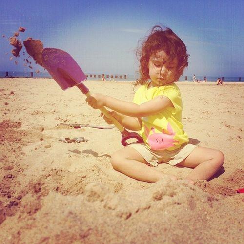 Just keep digging Kayasol Beachbumworkout Teachthemwell