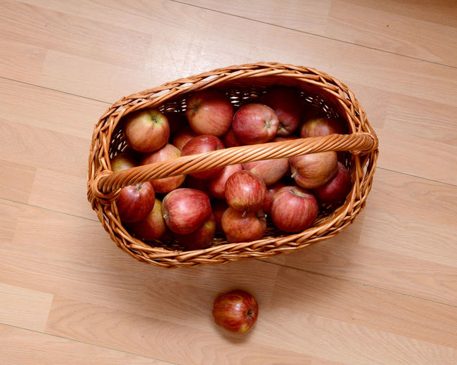 Basket Bowl Close-up Day Directly Above Easter Food Food And Drink Freshness Fruit Healthy Eating Indoors  No People Plum Red Red Red Apple Red Apples Table Wood - Material