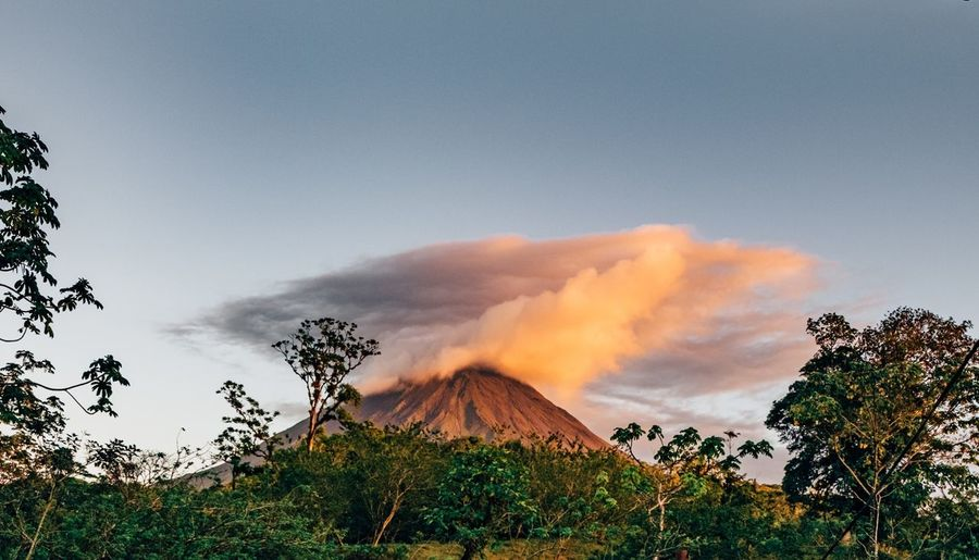View of Volcano Arenal  in Beautiful Costa Rica during the Golden Hour Explore Adventure Jungle Rainforest Travel Photography Travel Traveling Nature EyeEm Feel The Journey Fujifilm The Great Outdoors - 2016 EyeEm Awards