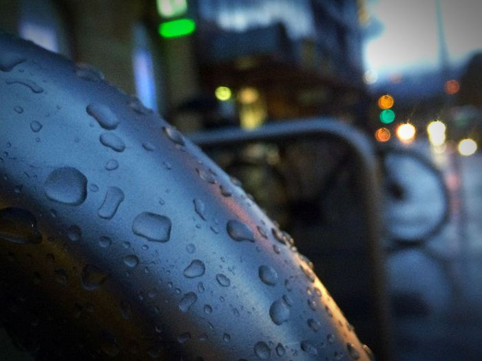 No People Close-up Outdoors Blur Rain Drops Afternoon Lights Vignette Focus Object L_ssa EyeEm Gallery EyeEm Best Shots