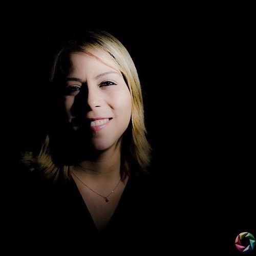 Retrato Portrait Flaina Santos Advogada Lawer Fotografia Nikon D5100 50mm Strobist Flash Love Instagood Happy Followme Girl Beautful Smile Picoftheday Visite: www.fabioandrade.fot.br Twitter: fotografabio FOLLOW ME I FOLLOW YOU