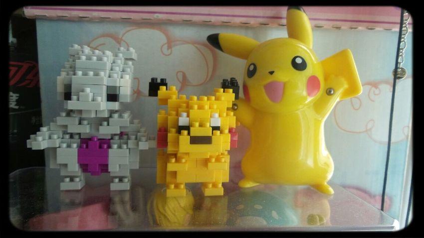 Done my Mewtwo and Pikachu? Pokemon! Mewtwo Pikachu LEGO