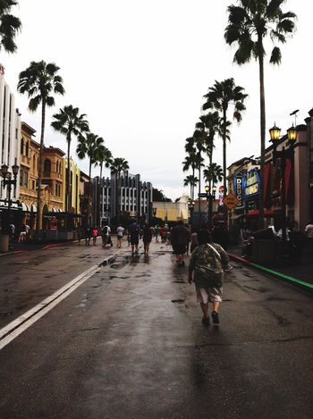 Up Close Street Photography Old Pic  Universal Parade Rain Good Times Good Vibes Stay Happy