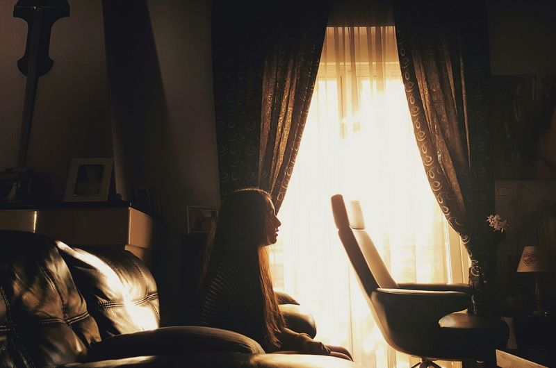 Indoors  Window Curtain Sunlight People And Places Portrait Young Adult Domestic Life Home Interior Fine Art Photography Women Who Inspire You The Portraitist - 2016 EyeEm Awards It's Cold Outside Sunset Silhouettes RePicture Femininity Fresh on Market 2016 Dramatic Angle The Secret Spaces The Portraitist - 2017 EyeEm Awards Modern Hospitality