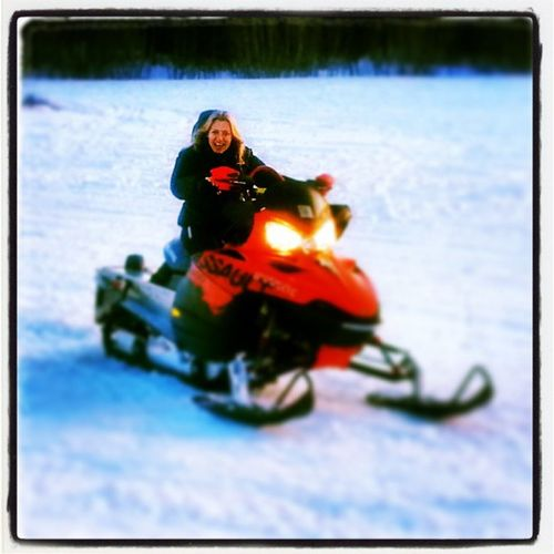 Coolestwife Snowscooter Snowfun Speed4mph @lenekotte