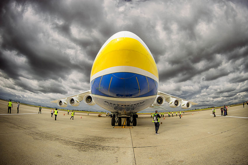 AirPlane ✈ Antonov 225 Mriya Airplane Cloudy Day Frame It! Airplane Airplanes Airplaneview Airport Biggest Cloud - Sky Decoration Decorations Flight Frame Outdoors Lost In The Landscape Connected By Travel EyeEmNewHere Perspectives On Nature Rethink Things