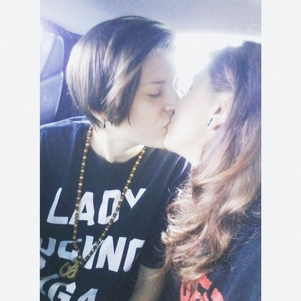 Lesbians Couple Kiss Moremio ♡