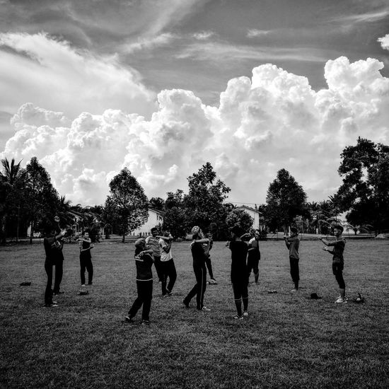 Softball training. Cloud - Sky Teamwork Sports Photography Softball Practice Softball Is Life First Eyeem Photo