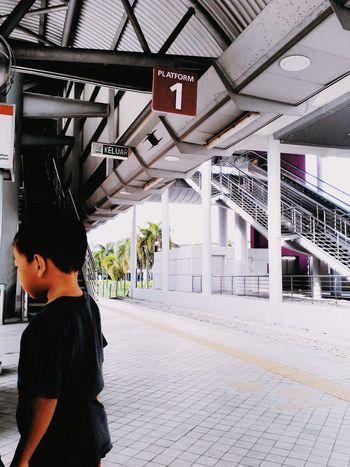 Train Station Trainplatform ERL Waitingfortrain The City Light City Day