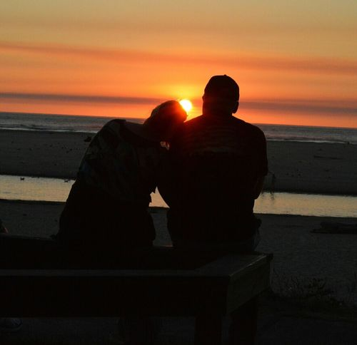 Two People Sunset Silhouette Outdoors People Real People Togetherness Older Couple Cute Oregon Coast Cannon Beach Beauty In Nature Beautiful Sunset Sillouettes And Sunsets Sillhouette Photography