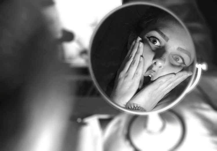 Posing Surprised Mirror Looking At Mirror Theatrical Round Black And White Hands On Face Portrait Young Women Human Eye Women Headshot Human Face Close-up Eyeball The Portraitist - 2019 EyeEm Awards