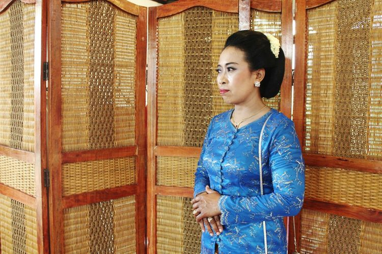 Mother In Picture . With A Beautiful Clothes Who Called Kebaya . Kebaya are from INDONESIA . Indonesia_photography Culture Beauty Standing Only Women People Human Interest One Person Portrait One Woman Only Smıle