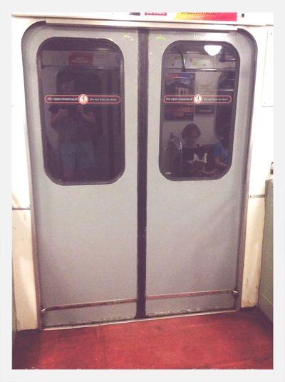 Думаю, всем знаком получасовой путь в сторону дома на метро после трудного рабочего дня Hello World Metro работа
