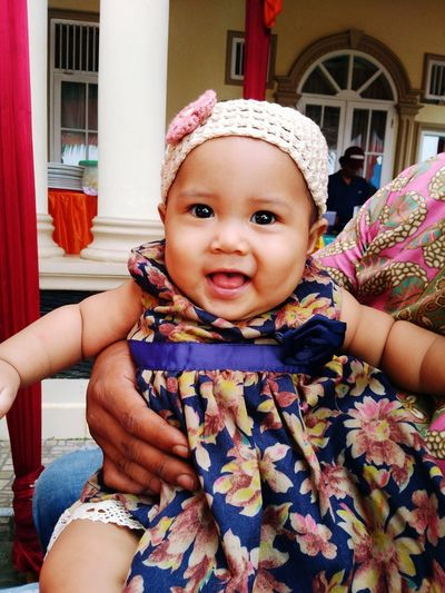 Beaty smile Baby Looking At Camera Front View One Person Smiling Outdoors Real People Cute Day Close-up Childhood Human Body Part People Babies Only Portrait Adult First Eyeem Photo