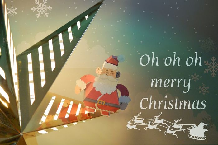 Merry Christmas everyone / Joyeux Noël à tous Noël Papercraft Santa Claus Père Noël Starlight EyeEm Best Edits Nikon Christmas Around The World Freelance Life The Culture Of The Holidays