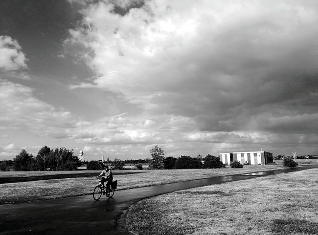 Day 10 - Tempelhof Airport Streetphoto_bw Streetphotography 365project 365florianmski Day10