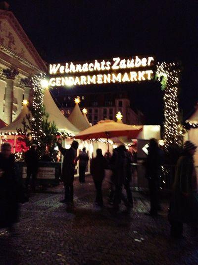 Playing at Weihnachtsmarkt am Gendarmenmarkt Playing