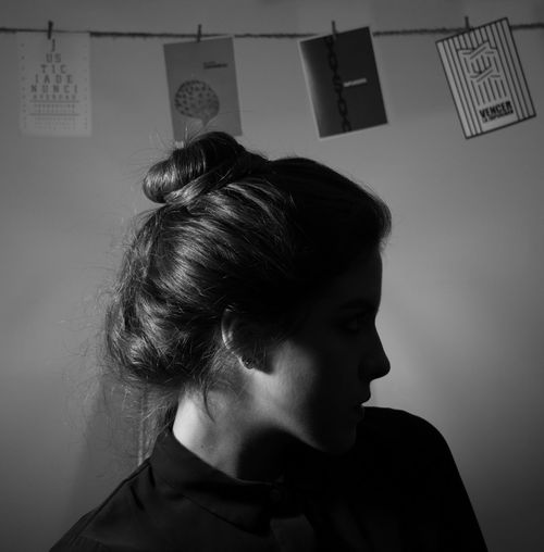 < 1 > QUE JustMe Mexico Silhouette Woman Black And White Blackandwhite Day Impunity Indoors  One Person Portrait Real People Shadow Side View Silouette And Shadows Woman Portrait Women Young Adult