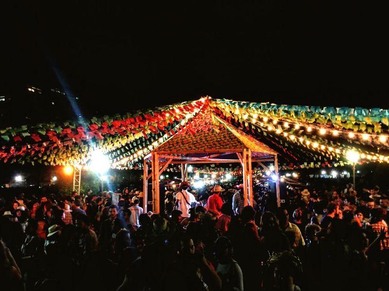 Arraiá de Todos os Santos. Large Group Of People Popular Music Concert Fun Youth Culture Festa Junina Gloria Rio De Janeiro CulturaPopular Blocodecarnaval Vcmf