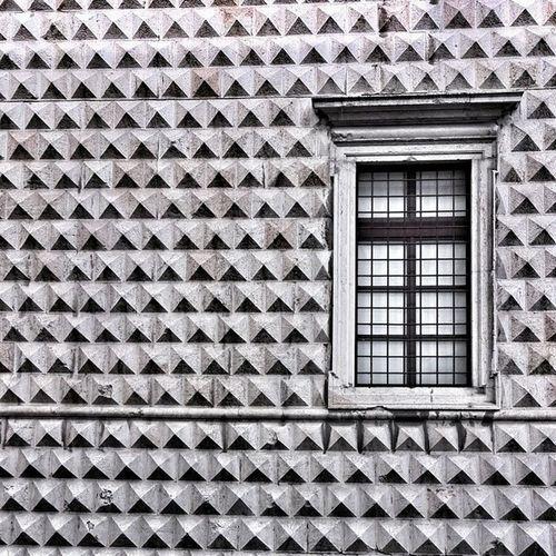 Ferrara, palazzo dei diamanti Palazzo Dei Diamanti Black And White Photography