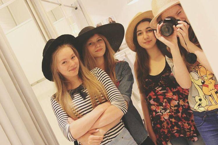 Poland 💗 Bielsko-Biała City Bestfriend Blonde Girl Best Friends.? No.! Sisters <3 Hello World Friends Happy People Girl