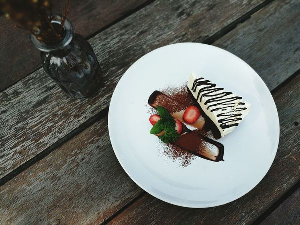 Plate Table High Angle View Food No People Healthy Eating Healthy Lifestyle Ready-to-eat Dessert Sweet Food Cake Close-up Food And Drink Chocolate Milk Slice Of Cake Chocolate Covered Cake Cake Cake Cake Design!! Cake Chocolate Love Cake Happy Day 😚😚😘