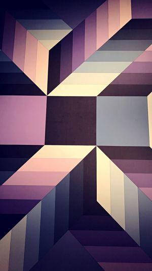 Degrade Colors Dégradé Bleu Abstrait Violet Couleurs Full Frame Pattern Backgrounds Architecture No People Geometric Shape Indoors  Multi Colored Abstract Pink Color Modern Design