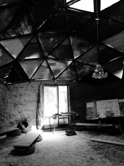 Under the dome France Black Black And White Photography Black & White Blackandwhite Notre Dame Des Landes Abandoned Places Zad Urbexphotography Urbex Indoors  Architecture Ceiling Chair Built Structure No People Day EyeEmNewHere