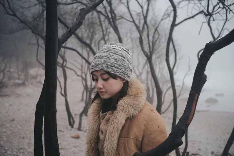 Crater Girl 2 Adult Fur Warm Clothing Winter Portrait Only Women Adults Only Beautiful People One Woman Only Fashion Fur Coat Young Women Beauty