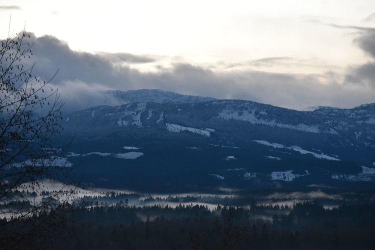 Snowy Mountains Snowy Snow And Fog Foggy Landscape Foggy Foggy Mountains Foggy Valley Mountains And Valleys Dusk In The Country Dusk Dusky Evening Clouds And Sky Clouds And Mountains
