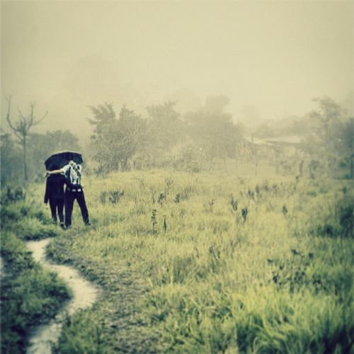 If I were rain, That joins sky and earth that otherwise never touch, Could I join two hearts as well? Titekubo RainyDay Path Ambience Together Sanagustin PhotoADay Bogota2015 Traveldiaries