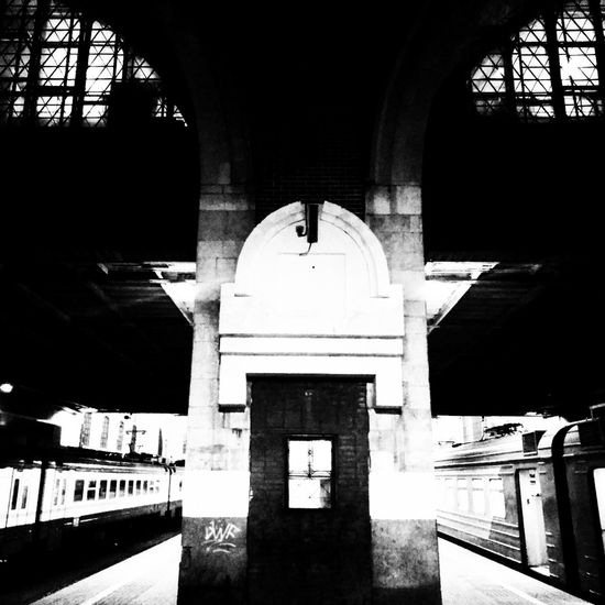 Architecture Built Structure Indoors  Lightanddarkness Darkness And Light Blackandwhite Contrast Black And White Photooftheday City Railroad Station Platform
