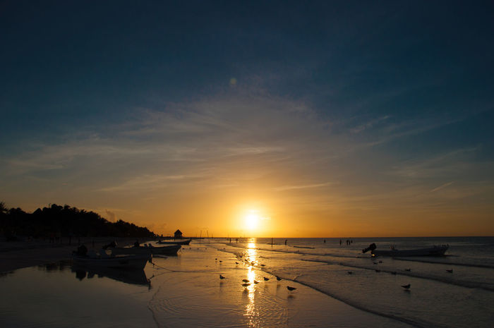 Atmosphere The Essence Of Summer Beach Calm Caribbean Cloud The Best From Holiday POV Cloudy Distant Horizon Over Water Idyllic Light Majestic Ocean Holbox Paradise Sand Q Qi Sky Sunset Tranquil Scene Tranquility Travel Water