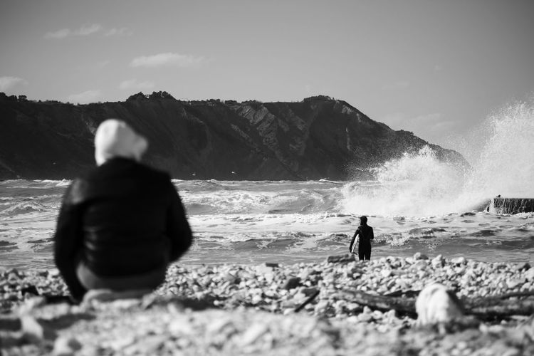 Black & White Surf Beach Beauty In Nature Bianco E Nero Bianco&nero Biancoenero Black And White Black And White Collection  Black And White Photography Black&white Blackandwhite Blackandwhite Photography Blackandwhitephotography Nature Outdoors People Power In Nature Real People Sea Surfing Two People Water Wave Wind
