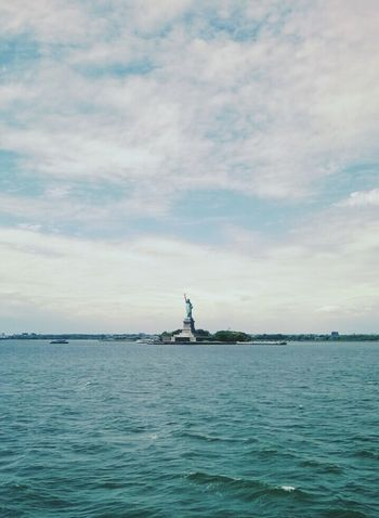 New York City Travelling Statue Of Liberty