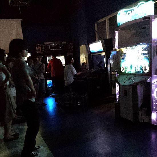 People playing Dance Evolution lol.