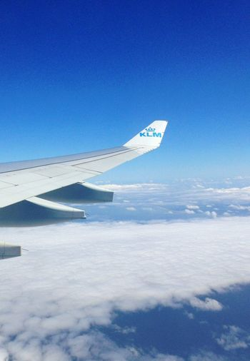 EE Love Connection! Flying at 38500 feet with KLM Amsterdam-Dallas 2C My Sweetie ... 5000 miles is nothing ??