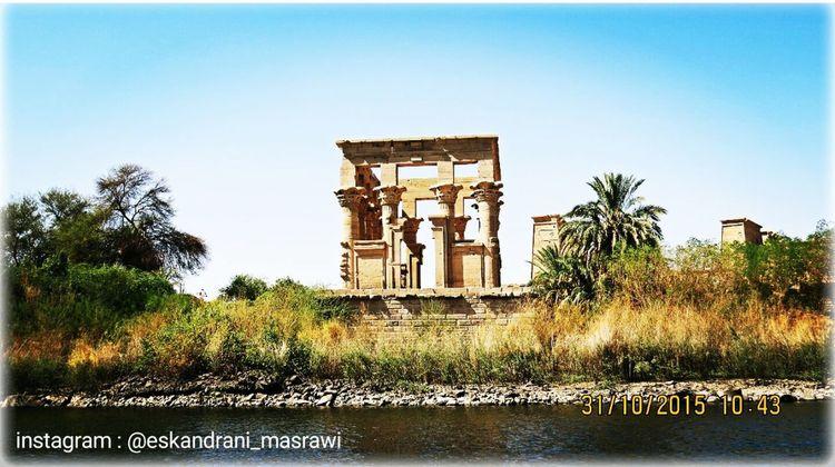 Places First Eyeem Photo Golden Photography Temple Pharaohs Beginner Sky Egypt Eskandrani_masrawi Turist Luxur , Egypt On The Way Blue Nile River Landscapes Nile Cruise Begginer
