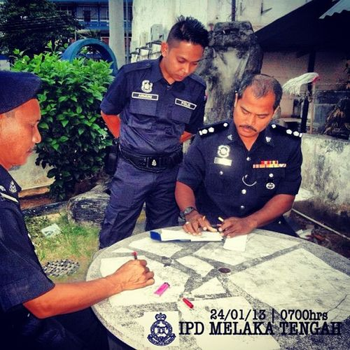 Sebelum keluar tugas Sambutan Maulidur RasulMelaka Malaysia PDRM