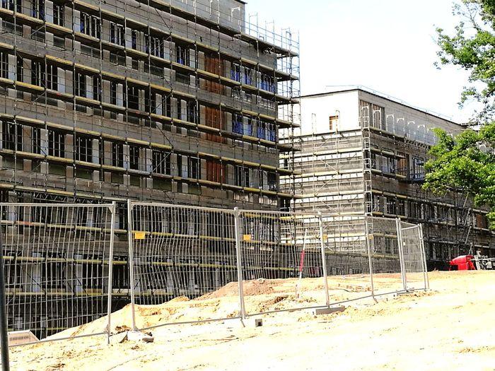 Eine weitere Ansicht von der Straße City Ghetto Apartment Construction Site Architecture Building Exterior Built Structure