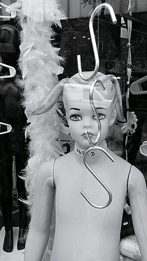 Friki SexyGirl.♥ SexSex Manequin Model Women Outdoors Black & White Sadomasoquista Sadomasoquismo Rosario Argentina