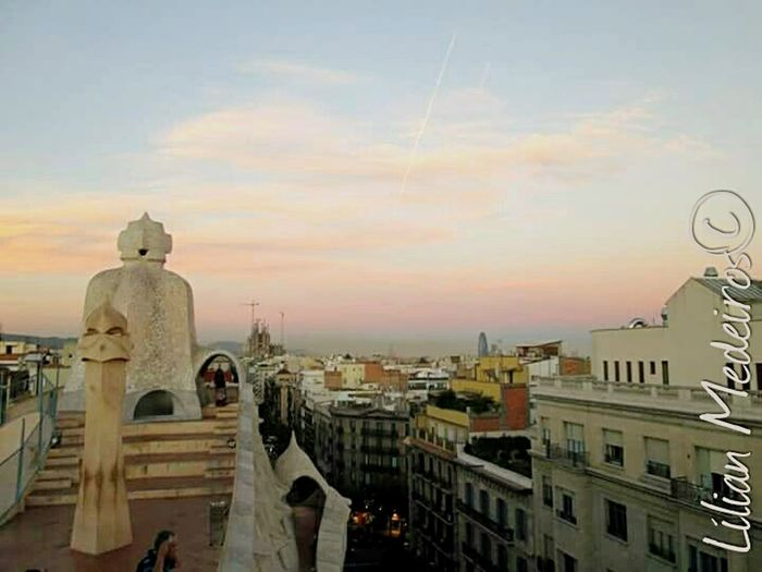 Sunset Architecture City History Viagem Lapedrera Vacations España Espanha Barcelona♡♥♡♥♡ Gaudì Architecture Work Gaudi City No People